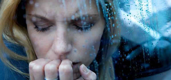 Les personnes qui sont déprimées passent plus de temps dans la phase du sommeil paradoxal !
