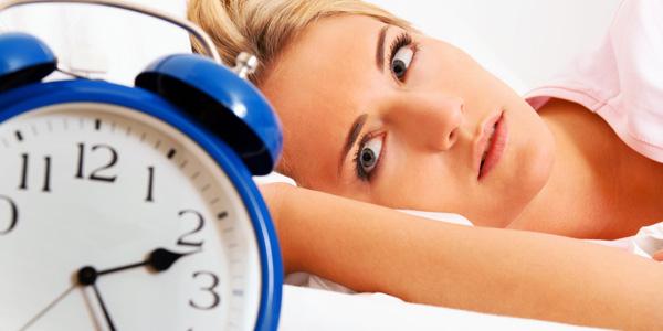 Pourquoi la plupart des femmes souffrent d'insomnie durant leurs règles ?